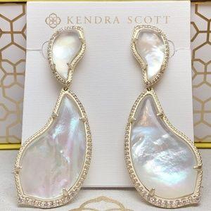 New Kendra Scott Teddi Gold Ivory Pearl